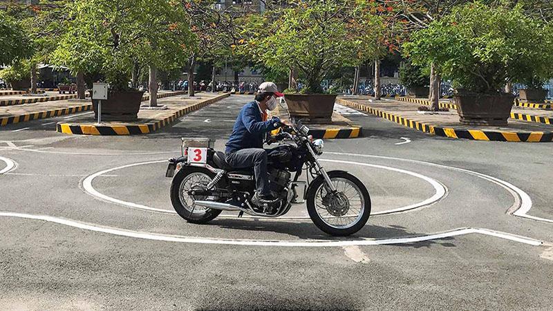 Bằng lái xe mô tô A2
