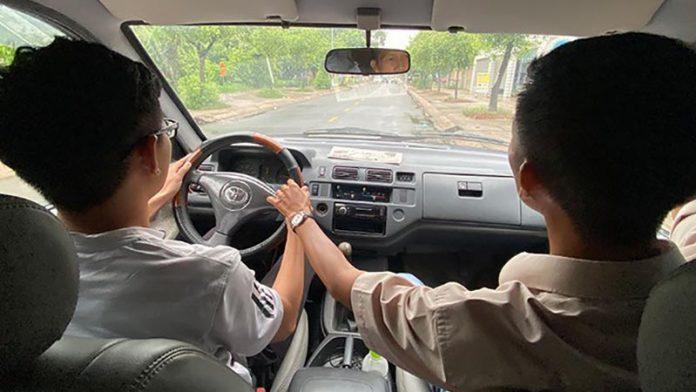 Bằng lái xe ô tô B1 số tự động
