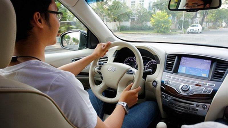 Tại sao học lái xe ô tô dễ?