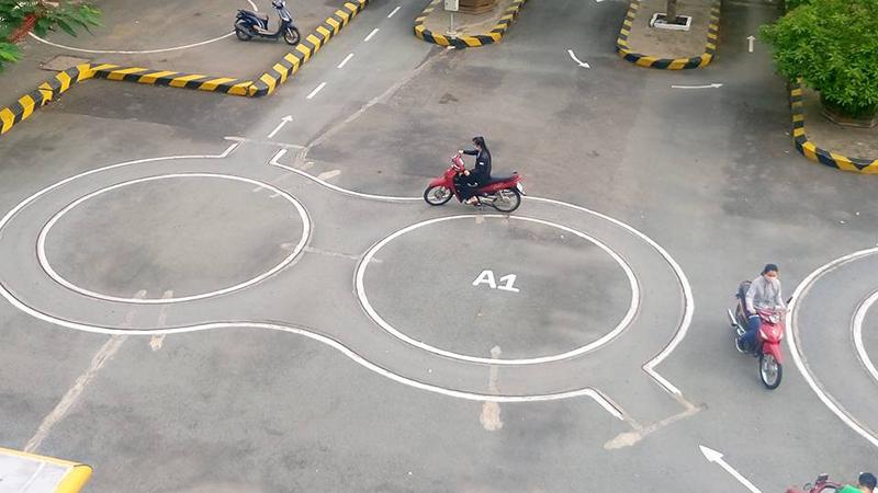 Trung tâm dạy bằng lái xe máy