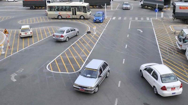 Trung tâm dạy lái xe Đồng Tiến