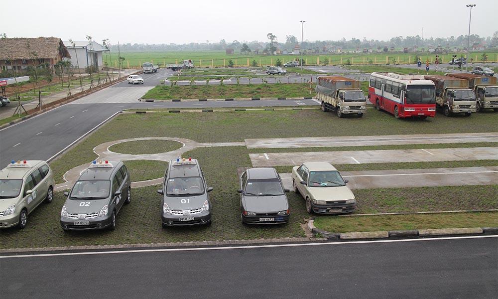 Các khóa đào tạo lái xe chất lượng cao tại Học lái xe 12h