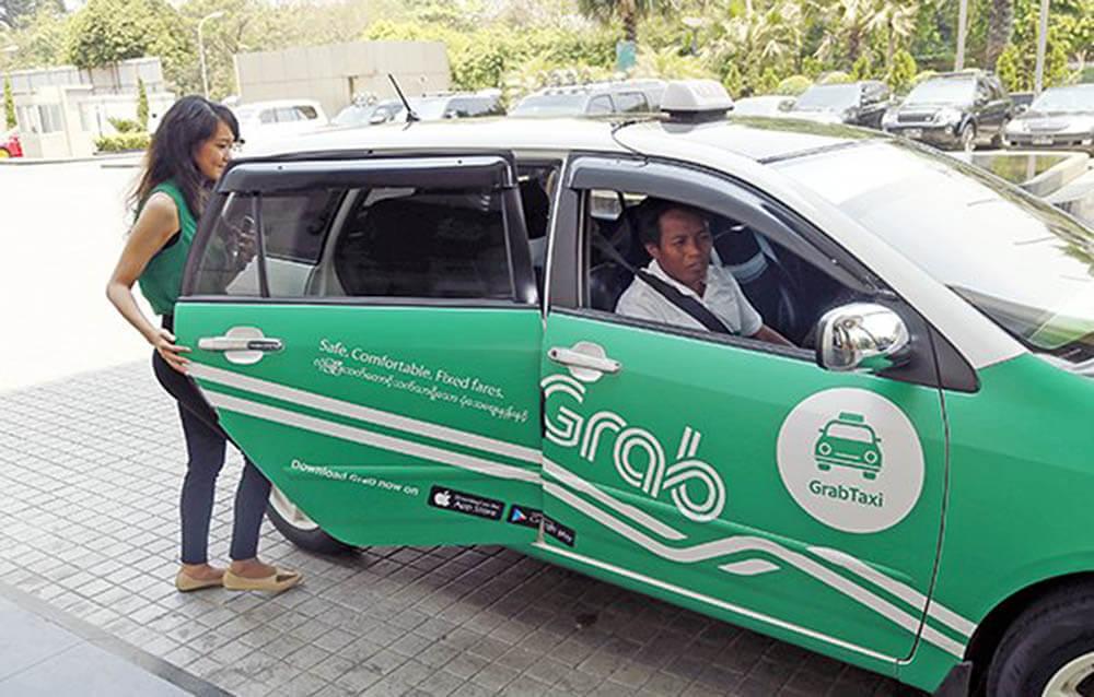 Làm tài xế taxi cần bằng gì?